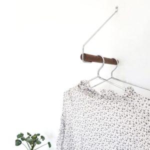 Nordic Function Addmore bøjlestang sort eg sort med Upgrade læder skroge coat rack